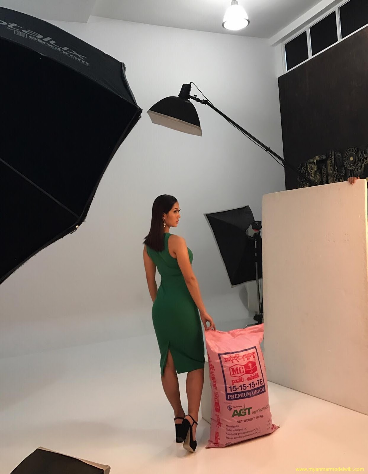 Super Model Lu Lu Aung TVC Photoshoot Behind The Scenes