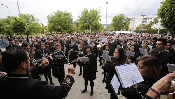 Un porcentaje o una donación, el acuerdo entre bandas y cofradías de Córdoba