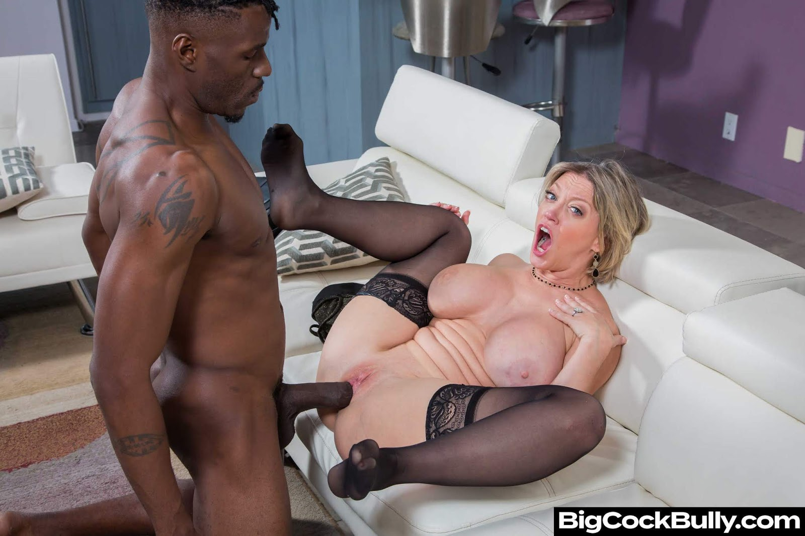 Redhead bbw sindee williams gets drilled doggy style on a boat