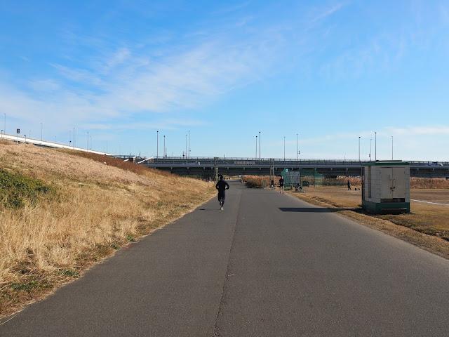 荒川自転車道 四つ木橋