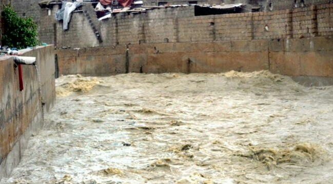 Karachi: The dam of Sikhan river near Quaidabad has been breached