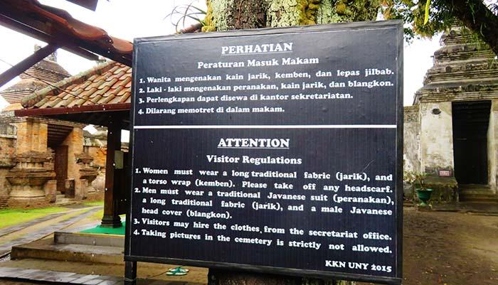 Peraturan Masuk Makam Kotagede