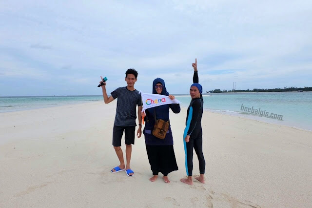 Paket jalan-jalan ke Pulau Derawan bersama Cheria Halal Holiday