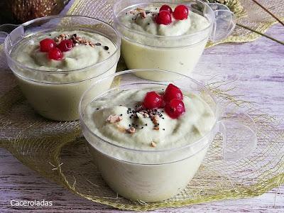 Crema fría de aguacate con manzana verde