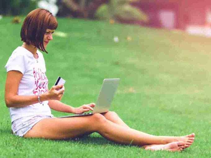 Technology's Of Mobile Generation Becomes Days Bigger