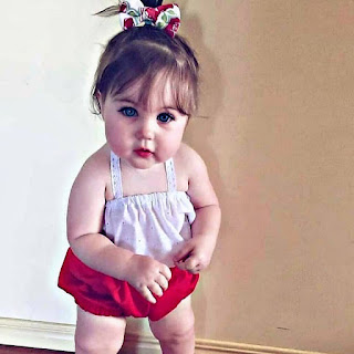cute baby girl images pic download