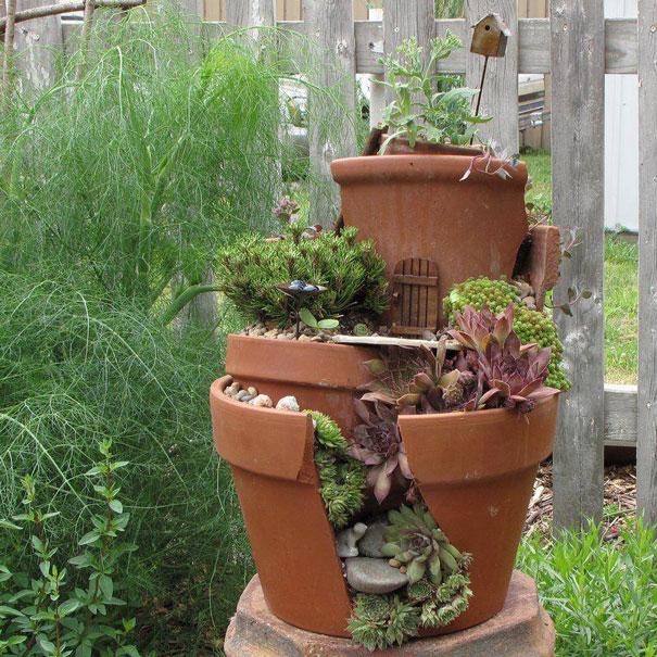 broken-pot-fairy-garden-9