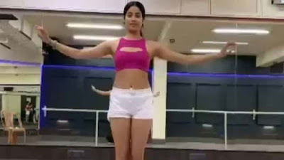 Janhvi Kapoor Belly Dance