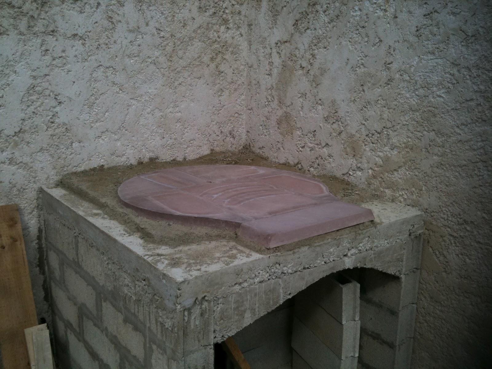 construction four pizza montage de la sole sur un. Black Bedroom Furniture Sets. Home Design Ideas