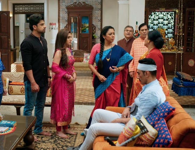 While Anupamaa persuades Kinjal to remain, Vanraj apologizes to her!