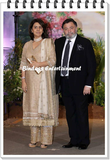 Rishi-and-Neetu-Kapoor-at-Sonam-Kapoor-marriage-and-reception-party