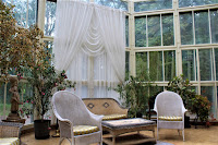 Biedrusko - pałac - w ogrodzie zimowym