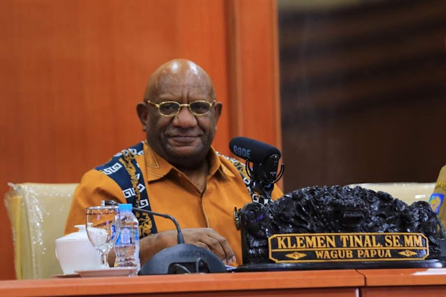 Wakil Gubernur Papua, Klemen Tinal Meninggal Dunia di RS Abdi Waluyo Menteng