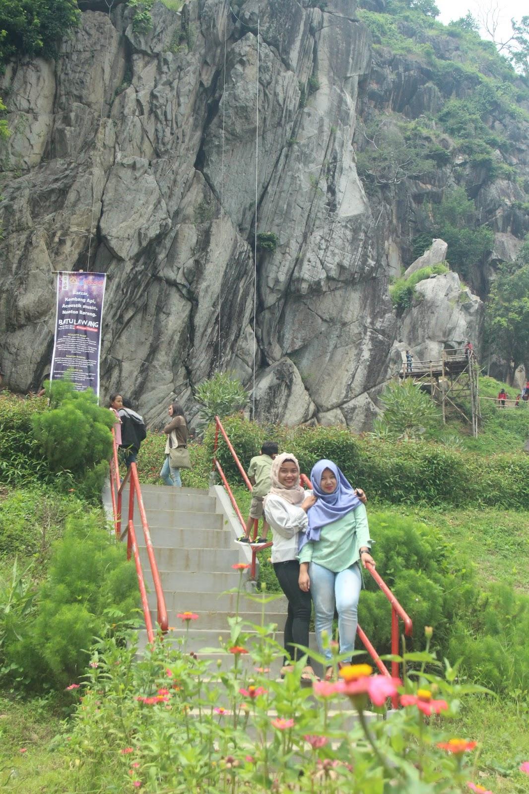 Wisata Batu Lawang