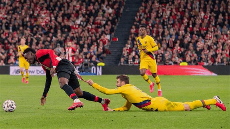 ملخص مباراة برشلونة واتلتيك بلباو (0-1) تعليق فهد العتيبي