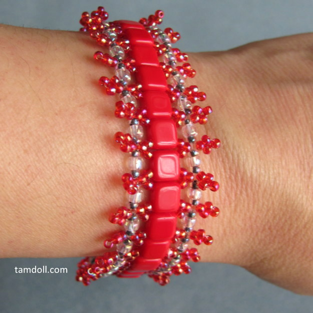 bead weaving bracelets