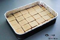 bita śmietana, Boże narodzenie, ciasta i desery, ciasta na Boże Narodzenie, ciasto bez pieczenia, dobre ciasto, łatwe ciasto, mascarpone, orzechy, orzechy włoskie, szybki przepis, szybkie ciasto,