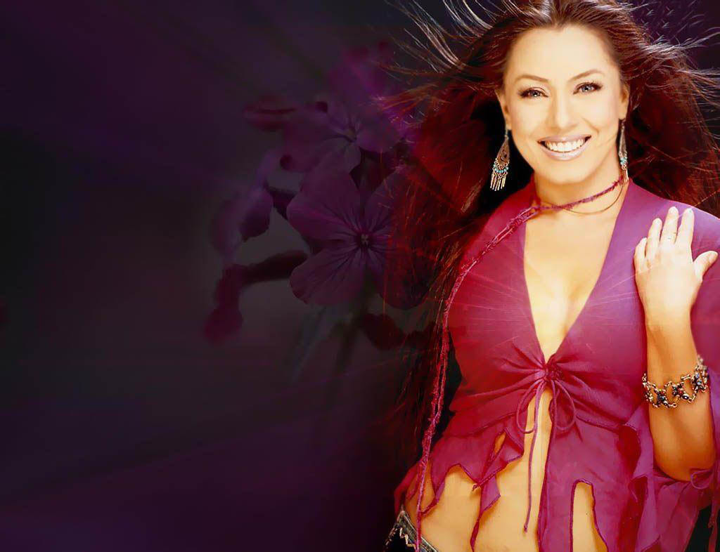 Mahima chaudhary hot and spicy amazing beauty bollywood - Actress wallpaper download for mobile ...