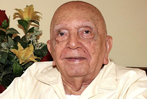 Falleció el destaco académico y jurista yucateco José Alfonso López Manzano
