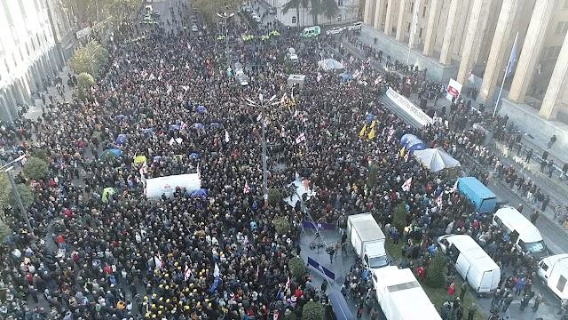 Сегодня в Тбилиси на проспекте Руставели опять будет митинг оппозиции