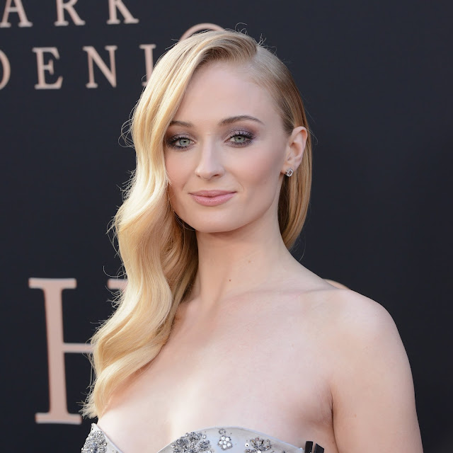 Sophie Turner Photos