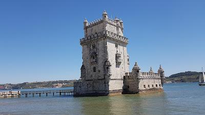 torre nell'acqua