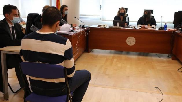 Anulan la prisión permanente para los acusados del estrangulamiento de un niño de dos años en Elche