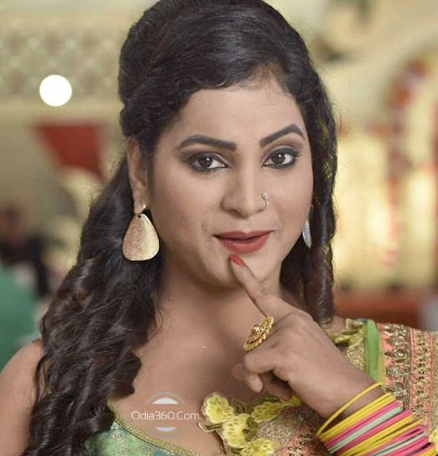 Bidusmita Dash Mantry hot image