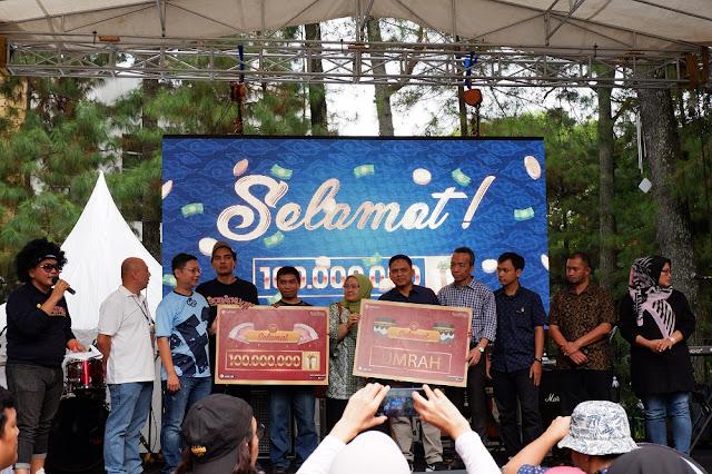 Suasana pengundian pemenang Grand Prize 100 Juta dari Sobatku!