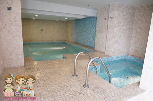 fraser place apartment jacuzzi pool