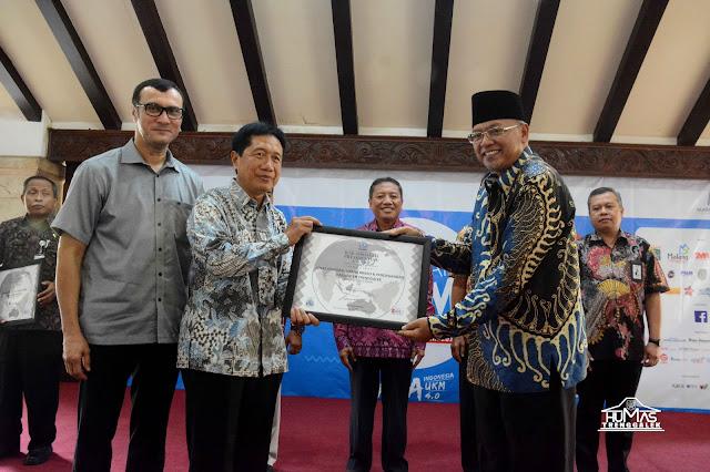 Kabupaten Trenggalek Raih Penghargaan ICSB Presidential Award 2017