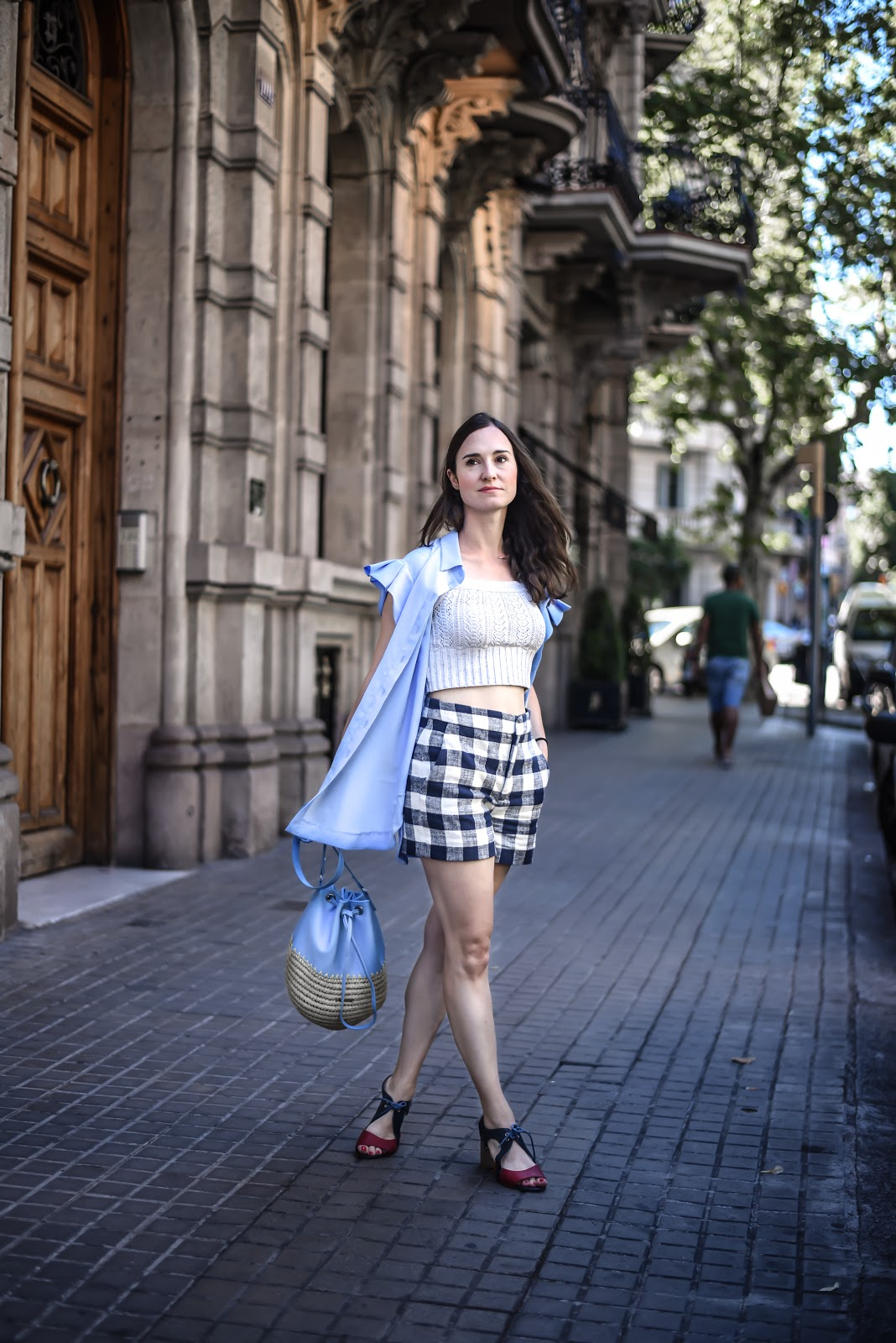 gingham_crochet_pleats_street_style