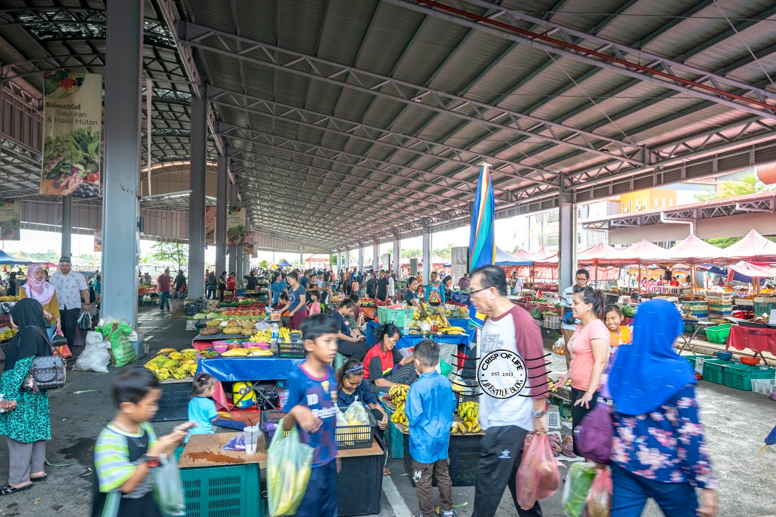 Satok Weekend Market - The Unique Excursion Into a Massive Local Market @ Kuching, Sarawak