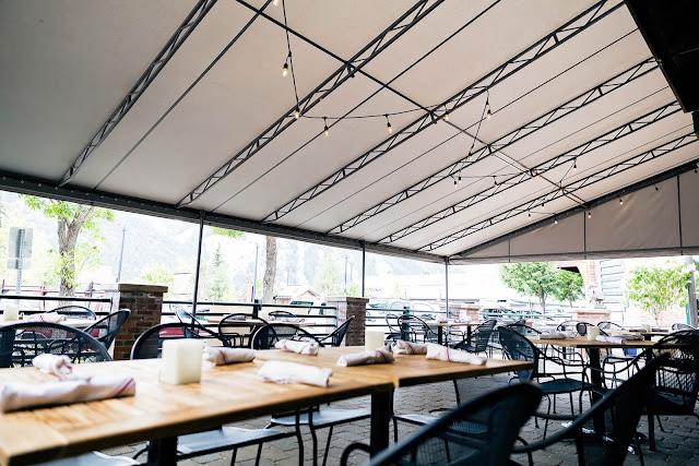 tenda canopy sunbrella kafe