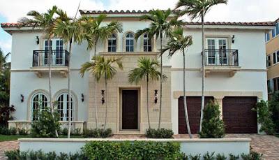 Mediterranean style house 13