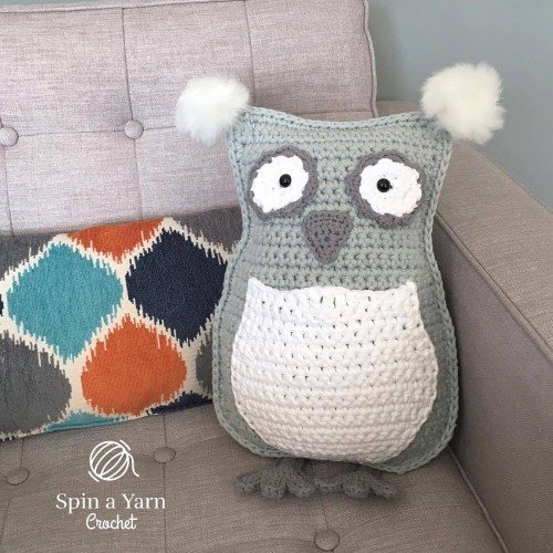 Owl Throw Pillow - Free Pattern