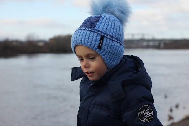 Фотопортрет сына на прогулке