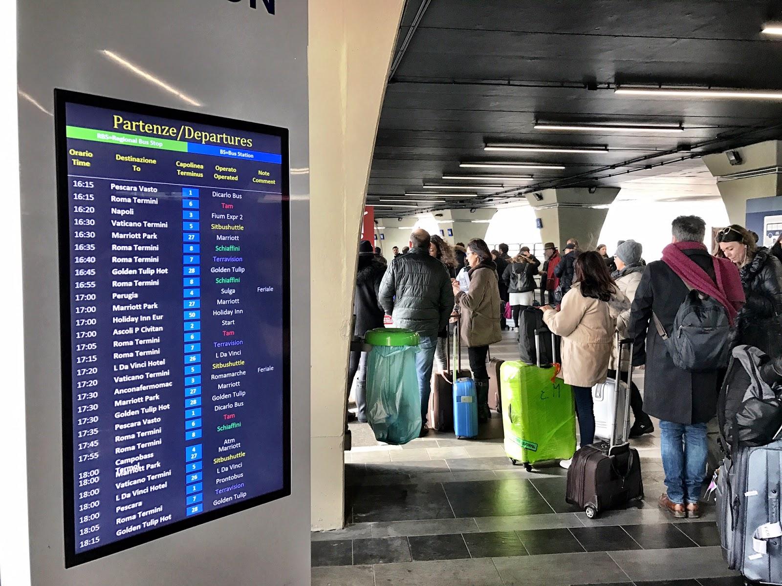 ROMA FA SCHIFO: La follia di andare in aeroporto in ...