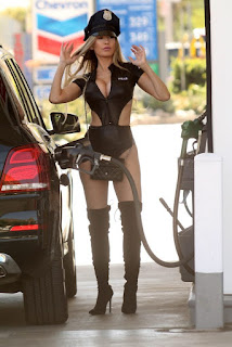 Ana-Braga-spotted-in-a-Halloween-Police-costume-while-getting-gas-in-Studio-City-z7dih5h4ru.jpg