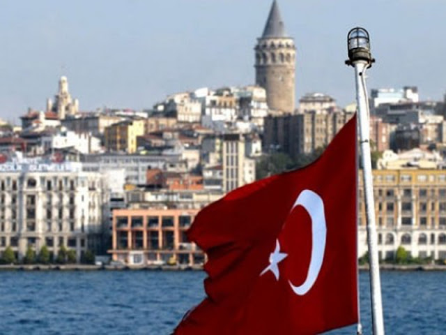 Και το Αιγαίο και ο ταραμάς και ο Αγαμέμνων και ο κιμάς, όλα τουρκικά...