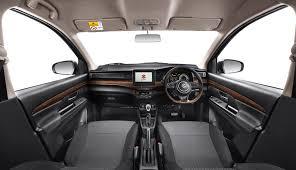 Mobil dengan fitur hiburan terlengkap