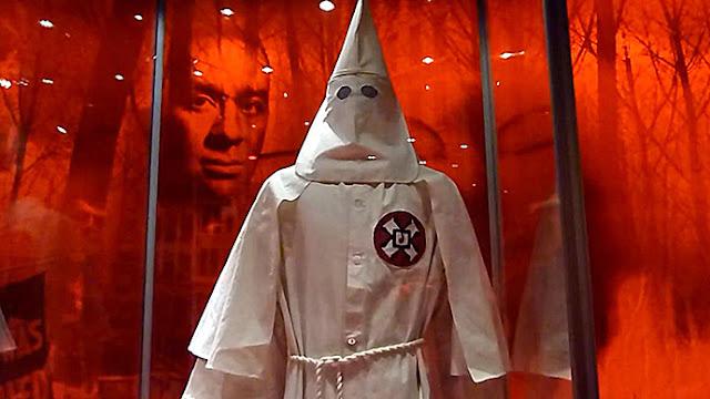 Ku Klux Klan quer fazer manifestação pró-bandeira confederada