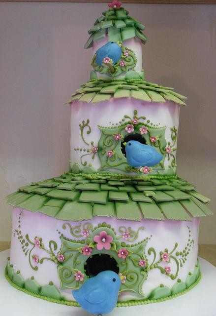 Wedding Cakes Pictures Wedding Cake with Birds