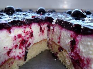 Serbentu ir varskes pyragas