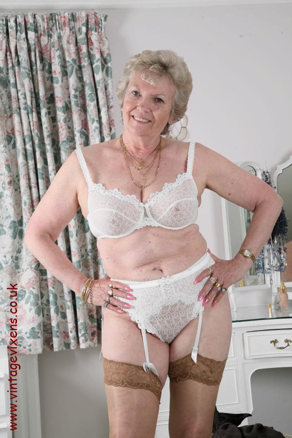 Collection of old ladies enjoying sex 5