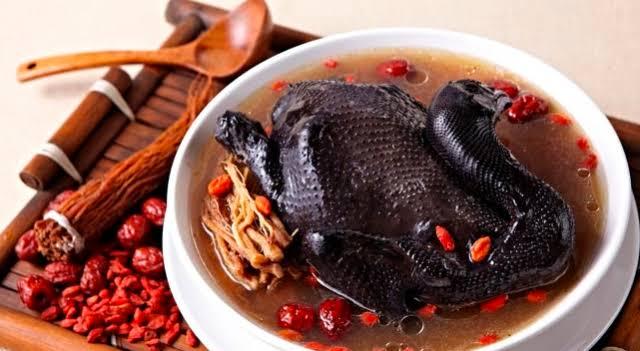 Resep Sup Ayam Cemani Mantul