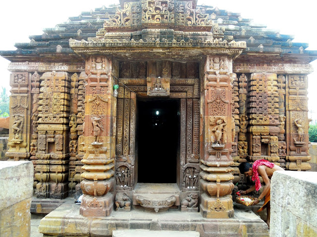 The entrance of the Mukteshwar Temple, Bhubaneshwar