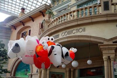 Character balloons at Universal Studios Japan Osaka