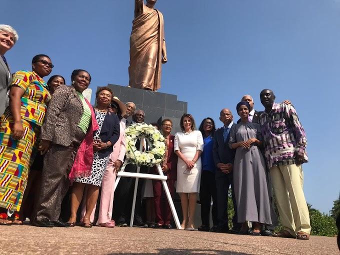 US Speaker Nancy Pelosi lays wreath at Kwame Nkrumah Memorial Park