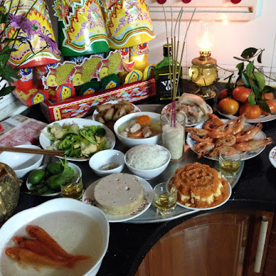 "The ""God of Kitchen"" Festival in Vietnam on the 23rd of December (Lunar Calendar)"